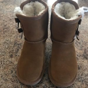 UGGS kids size 11